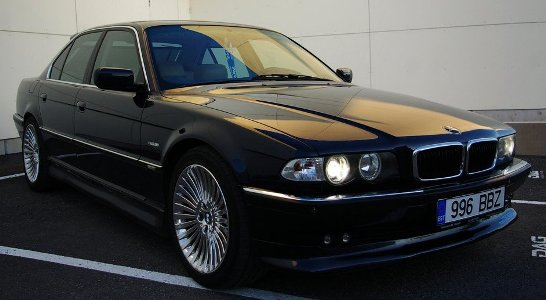 http://tuning-individual.cz/foto/auomobilky_obr/BMW-E38-kat.jpg
