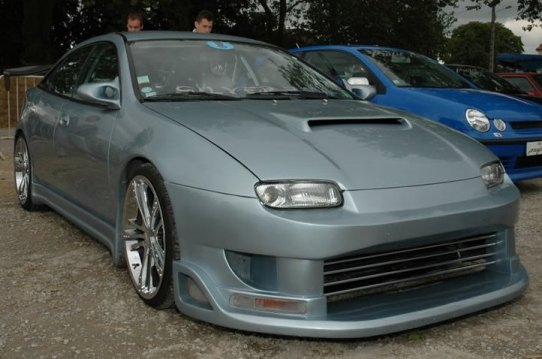 http://tuning-individual.cz/foto/auomobilky_obr/Mazda-323-kat.jpg